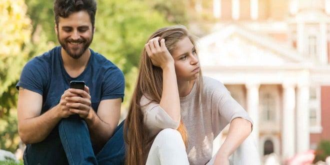 cara menghadapi pacar yang berubah sikap