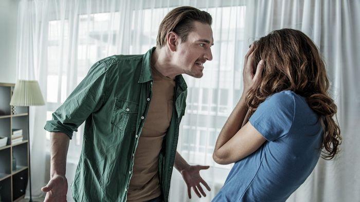 sifat suami yang dibenci istri