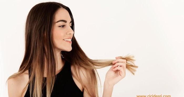 Menggeraikan rambut