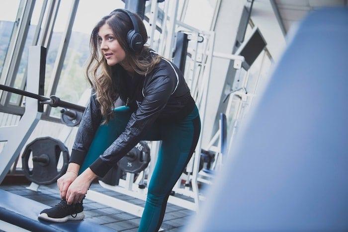 Wanita di gym